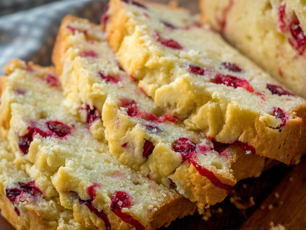 cream-cheese-cranberry-loaf